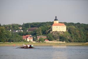 Schloss Niederhirschstein